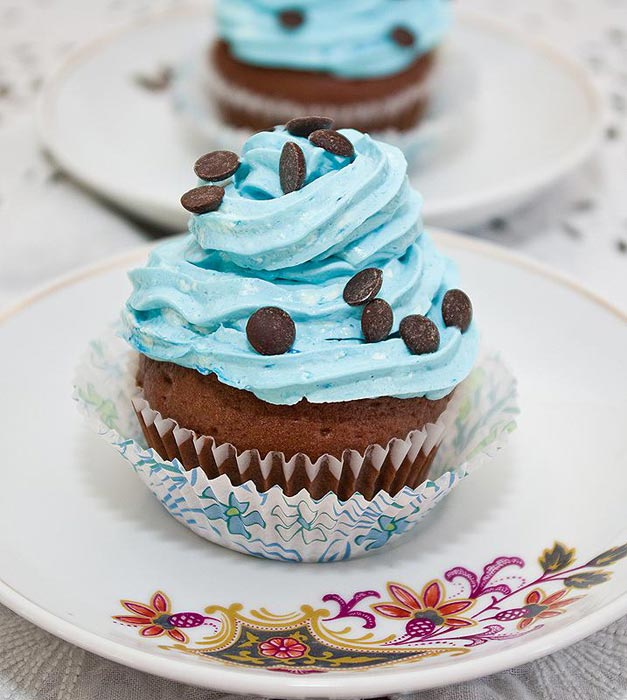 cupcakes cu frisca si lapte condensat