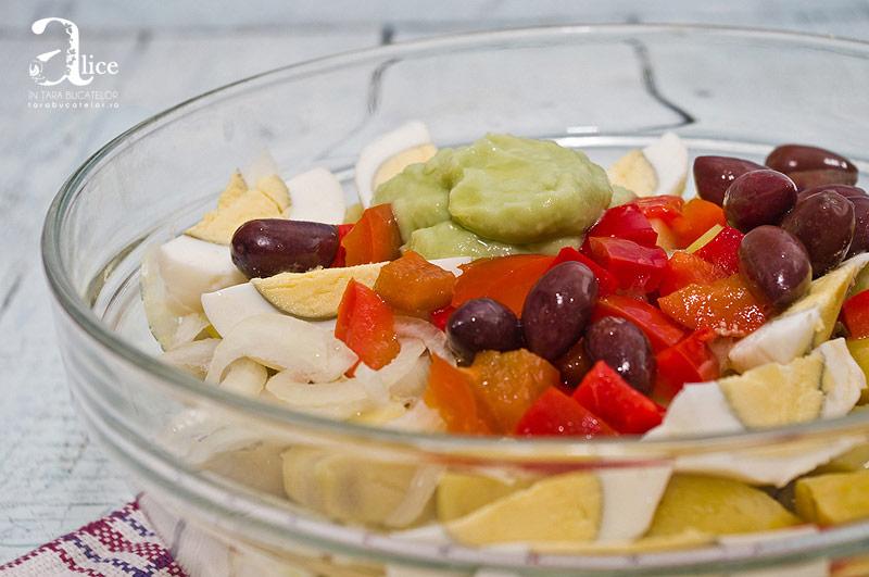 Salata orientala cu maioneza de avocado