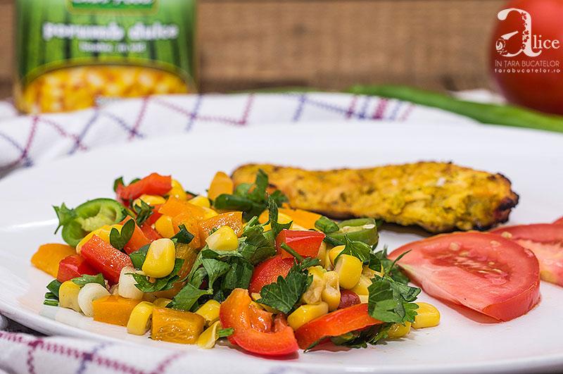 Salata picanta de porumb dulce pentru gratar