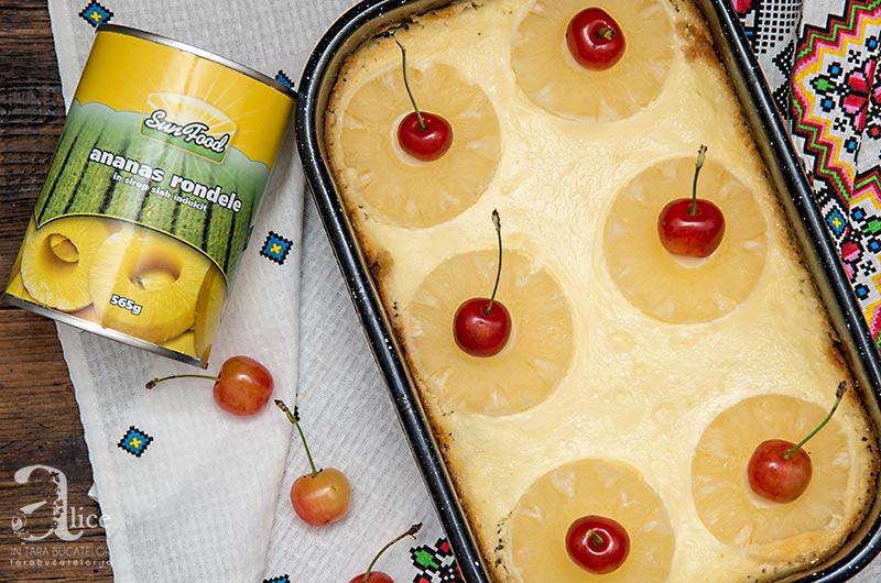 Cheesecake cu visine si ananas