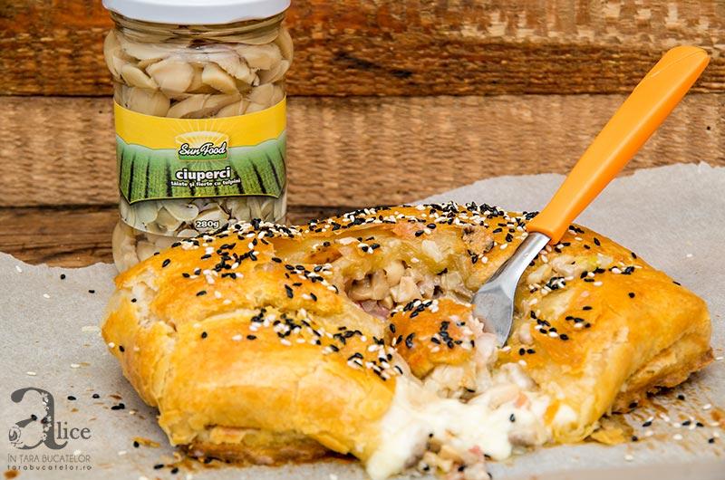 Camembert cu ciuperci in aluat
