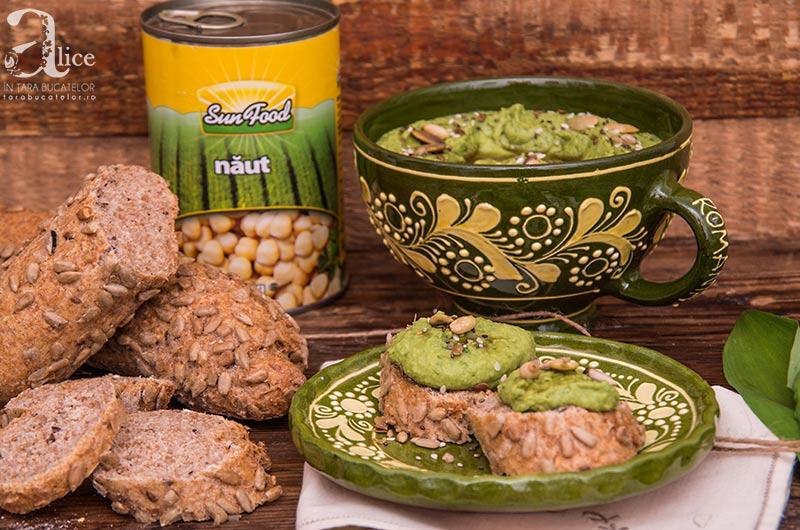 Hummus cu leurda