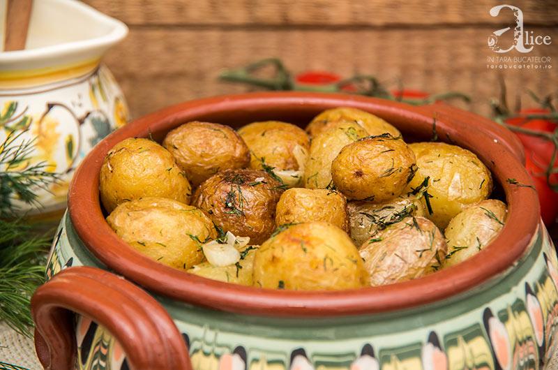 cartofi-noi-la-ceaun-2