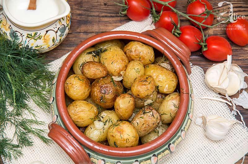 cartofi-noi-la-ceaun-5