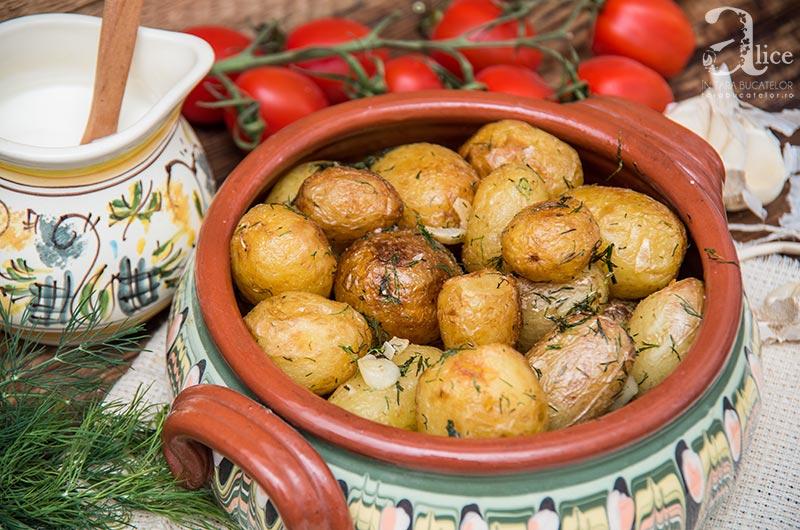 cartofi-noi-la-ceaun-6