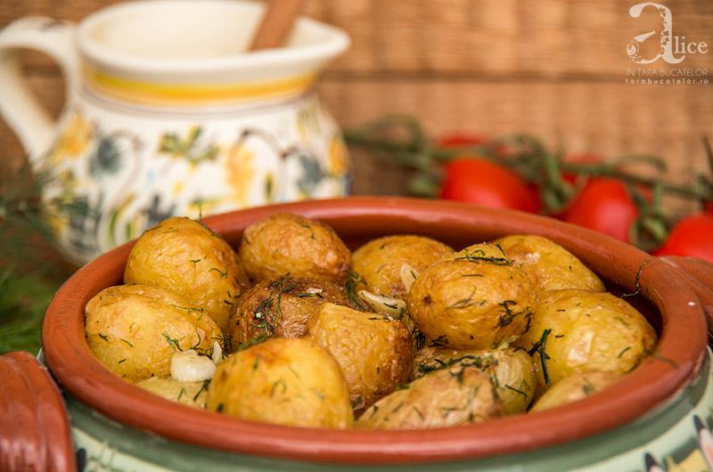 cartofi-noi-la-ceaun-7