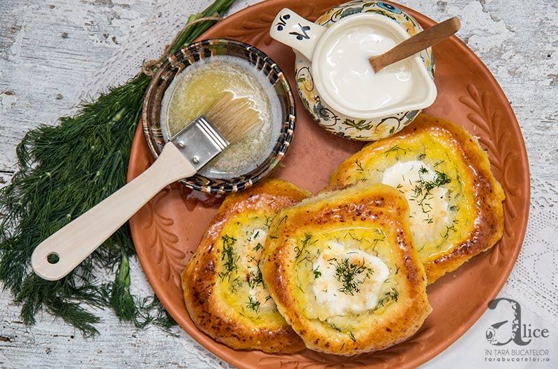 shaneshky-painite-umplute-cu-branza-si-cartofi-15