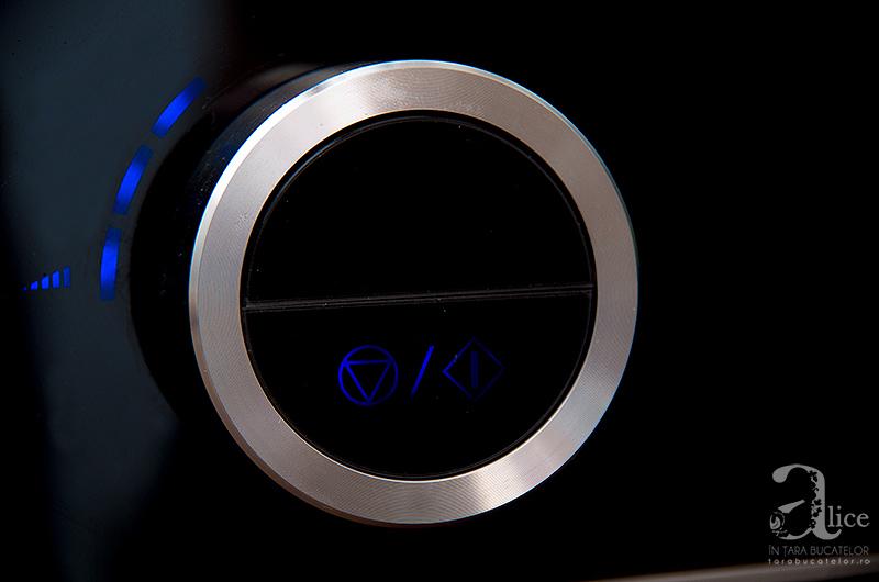 unt-de-arahide-la-blender-Panasonic-MX-ZX1800-6