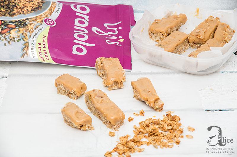 Batoane raw cu granola