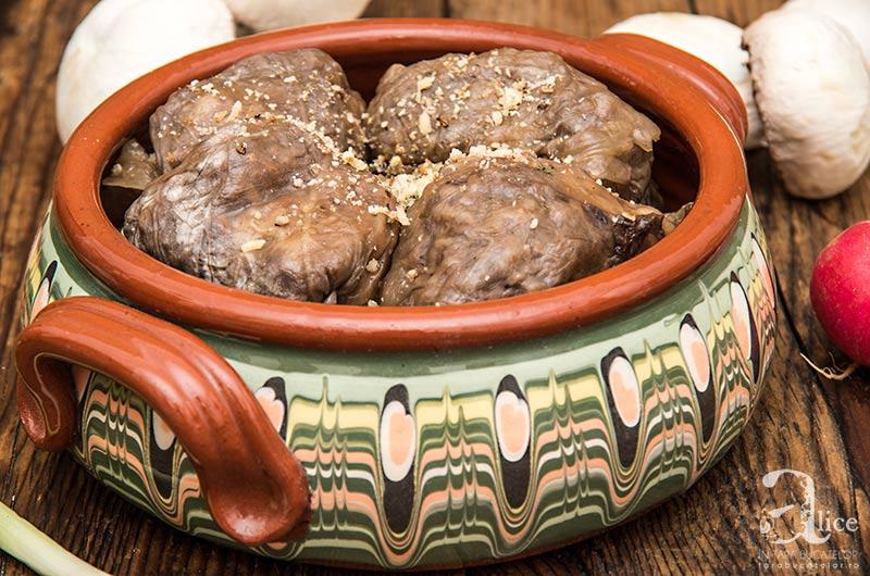 Sarmale cu miez de nuca si ciuperci