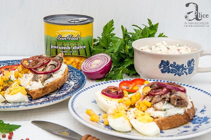 Mic dejun cu sardine si porumb