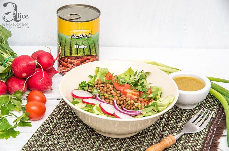 Salata de linte cu dressing de mustar