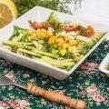 Fresh si plina de energie mi se pare aceasta salata de paste cu porumb.