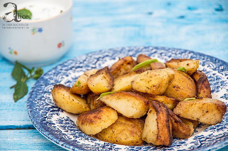 Cartofi cu ierburi