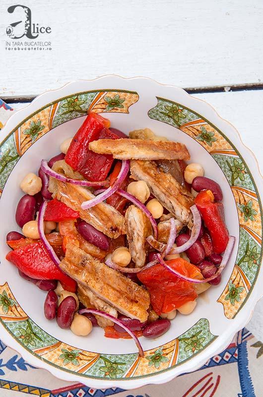 Salata calda de pui si naut