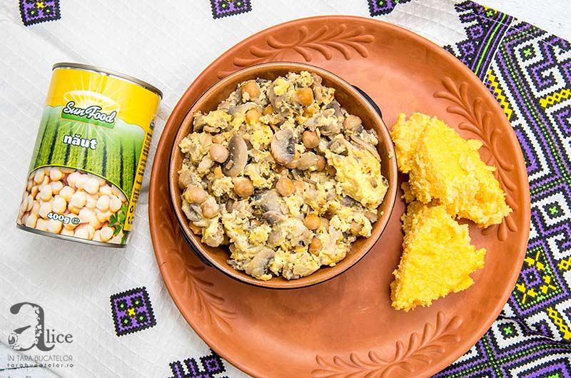 Mancare de ciuperci cu oua si naut