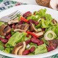 Salata cu ciuperci la gratar si fasole rosie