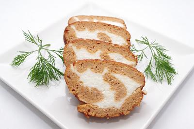 Rulada aperitiv cu branza sarata