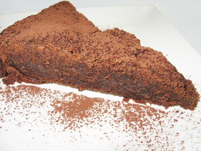Tort de caramel si ciocolata