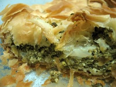 Spanakopita sau Placinta cu spanac si branza feta