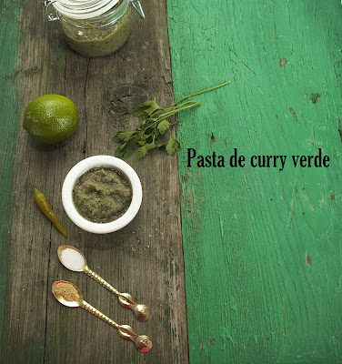 Pasta de curry verde