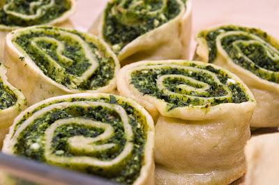 Rotocoale de urda si spanac (Rotolo di ricotta e spinaci)