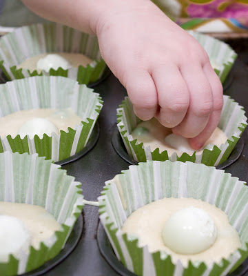 Briose cu mazare si oua de prepelita
